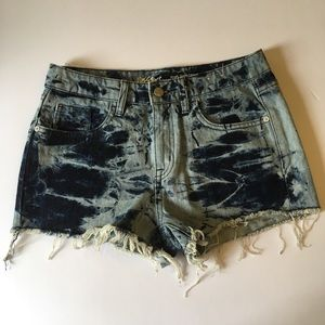 MOSSIMO Distressed Tie Dye Acid Wash Jean Shorts